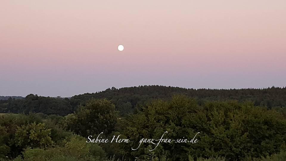 Mondfinsternis mit Mars – Vollmond im Wassermann 27. Juli – Autonomie und gesunde Grenzen